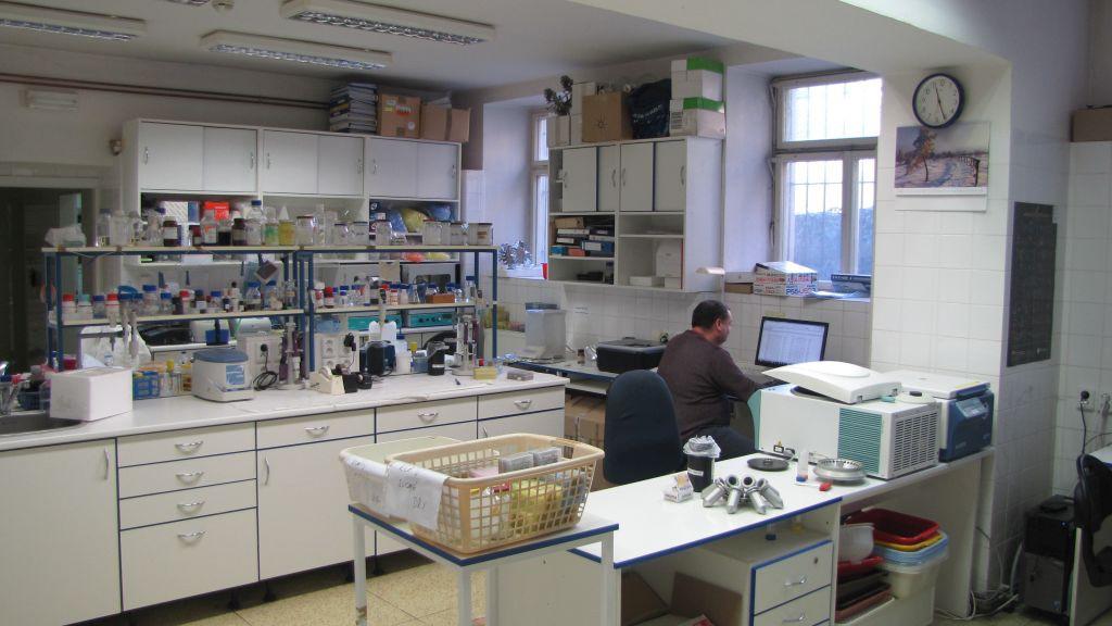Laboratoř na Přírodovědecké fakultě v Praze